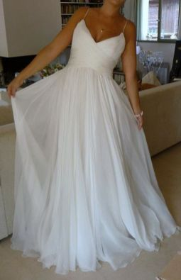 50 V Neck Bridal Dresses for Plus Size Ideas 22