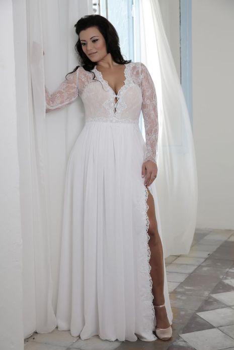 50 V Neck Bridal Dresses for Plus Size Ideas 39