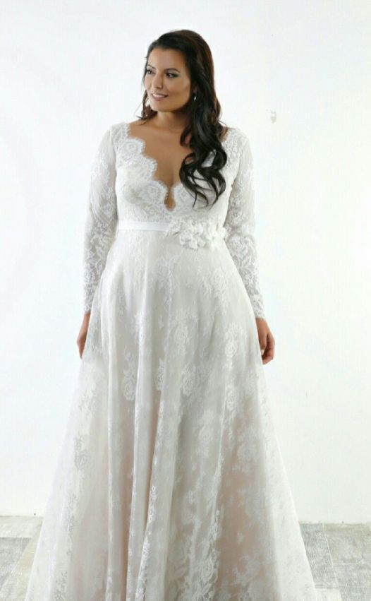 50 V Neck Bridal Dresses for Plus Size Ideas 47