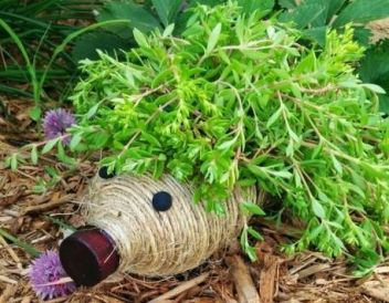 50 Ways to Reuse Plastic Bottles to Cute Planters Ideas 19