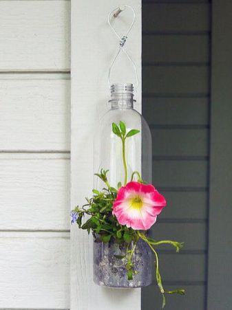 50 Ways to Reuse Plastic Bottles to Cute Planters Ideas 20