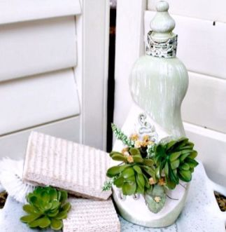 50 Ways to Reuse Plastic Bottles to Cute Planters Ideas 52