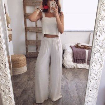 50 Ways to Wear White Sleeveless Top Ideas 16