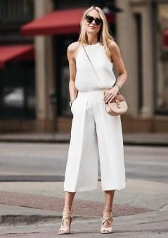 50 Ways to Wear White Sleeveless Top Ideas 17
