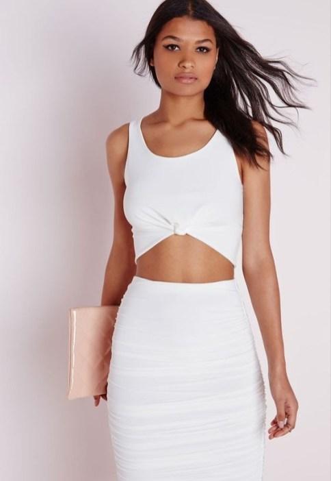 50 Ways to Wear White Sleeveless Top Ideas 38