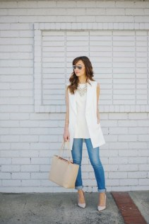 50 Ways to Wear White Sleeveless Top Ideas 40