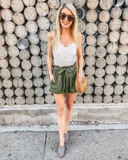 50 Ways to Wear White Sleeveless Top Ideas 43