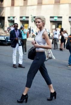 50 Ways to Wear White Sleeveless Top Ideas 49