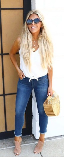 50 Ways to Wear White Sleeveless Top Ideas 6