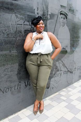 50 Womens Work Outfits for Plus Size Ideas 33