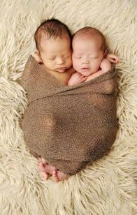 100 Cute Twins New Born Photography You Can Copy 12 1