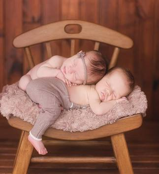 100 Cute Twins New Born Photography You Can Copy 13 1