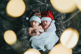 100 Cute Twins New Born Photography You Can Copy 34 1