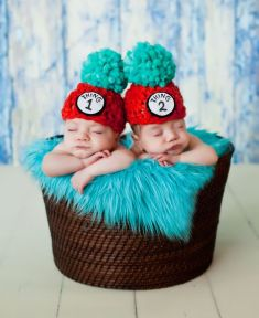 100 Cute Twins New Born Photography You Can Copy 35