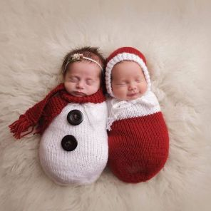 100 Cute Twins New Born Photography You Can Copy 5 1