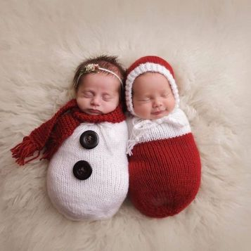 100 Cute Twins New Born Photography You Can Copy 5