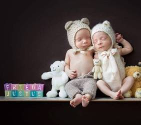 100 Cute Twins New Born Photography You Can Copy 56 1