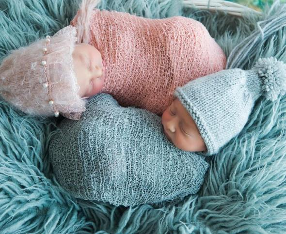 100 Cute Twins New Born Photography You Can Copy 90