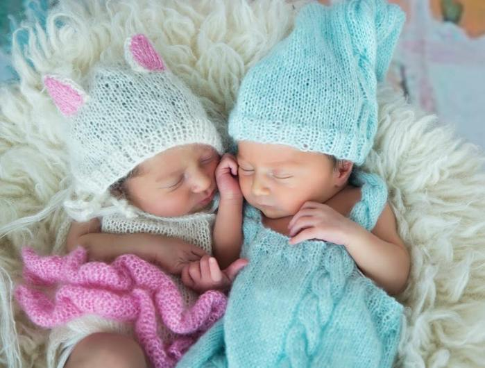 100 Cute Twins New Born Photography You Can Copy 99