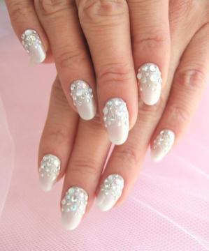 30 Glam Wedding Nail Art for Bride Ideas 30