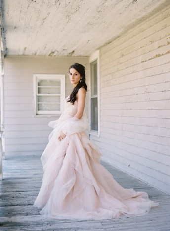 30 Soft Color Look Bridal Dresses Ideas 11