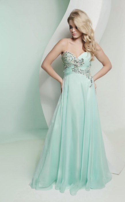 30 Soft Color Look Bridal Dresses Ideas 21