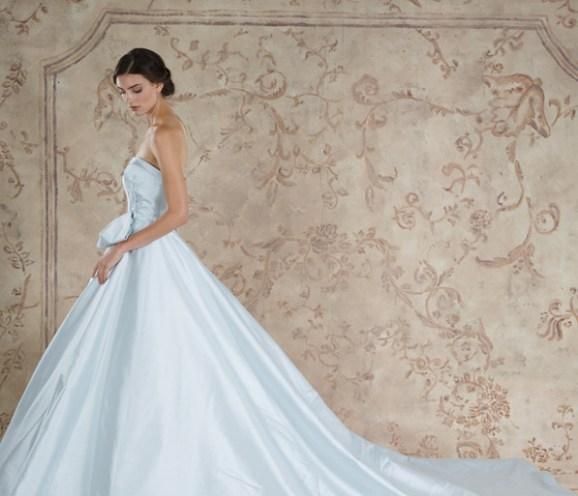 30 Soft Color Look Bridal Dresses Ideas 24