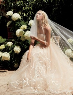 30 Soft Color Look Bridal Dresses Ideas 26