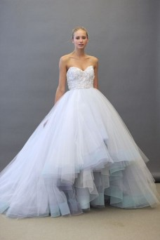 30 Soft Color Look Bridal Dresses Ideas 34