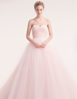 30 Soft Color Look Bridal Dresses Ideas 8
