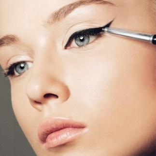 40 Cat Eye Makeup Ideas 17