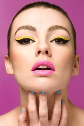 40 Cat Eye Makeup Ideas 23