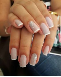 40 Elegant Look Bridal Nail Art Ideas 11
