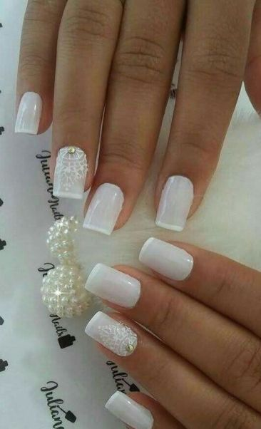 40 Elegant Look Bridal Nail Art Ideas 15