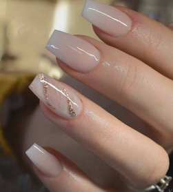 40 Elegant Look Bridal Nail Art Ideas 20