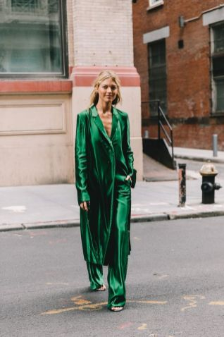 40 Fashionable Green Outfits Ideas 31