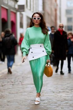 40 Fashionable Green Outfits Ideas 43