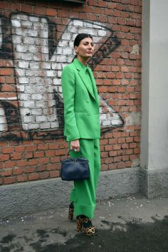 40 Fashionable Green Outfits Ideas 8