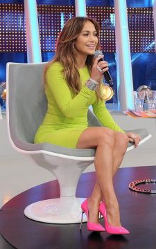 40 How to Wear Neon Shoes Ideas 10