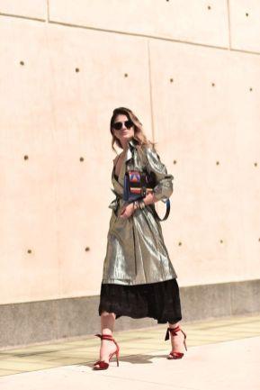 40 How to Wear Tea Lengh Dresses Street Style Ideas 17