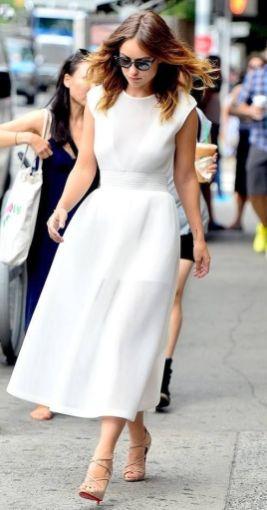 40 How to Wear Tea Lengh Dresses Street Style Ideas 24 1