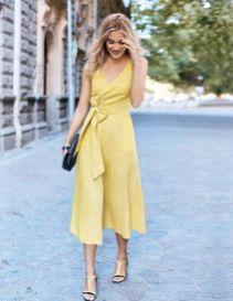 40 How to Wear Tea Lengh Dresses Street Style Ideas 28