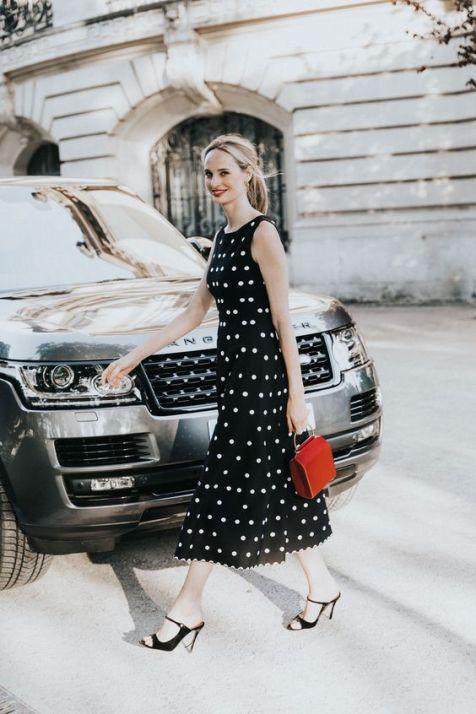 40 How to Wear Tea Lengh Dresses Street Style Ideas 29