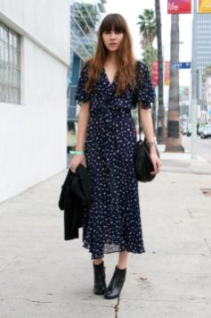 40 How to Wear Tea Lengh Dresses Street Style Ideas 37