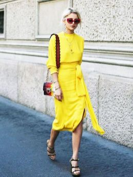 40 How to Wear Tea Lengh Dresses Street Style Ideas 42