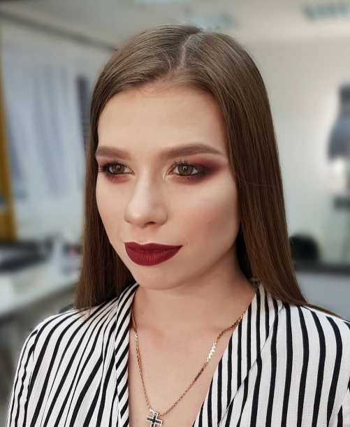 40 Night Party Makeup Look You Should Try 16