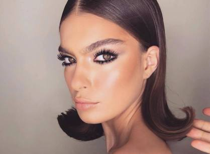 40 Night Party Makeup Look You Should Try 24