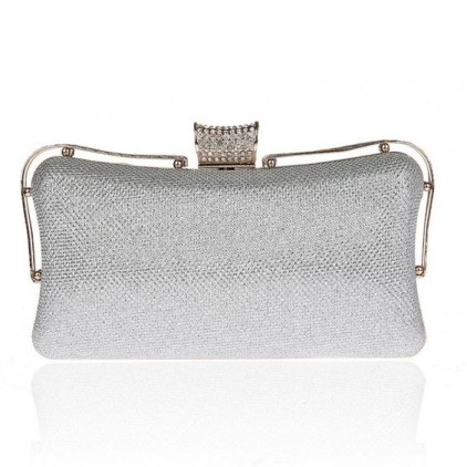 50 Chic Clutch Party Ideas 2
