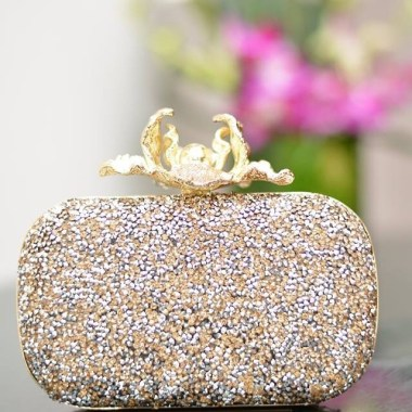50 Chic Clutch Party Ideas 40