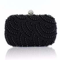 50 Chic Clutch Party Ideas 7